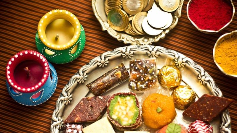 Celebrate Diwali with Mesmerising  & Unique Flower Decoration